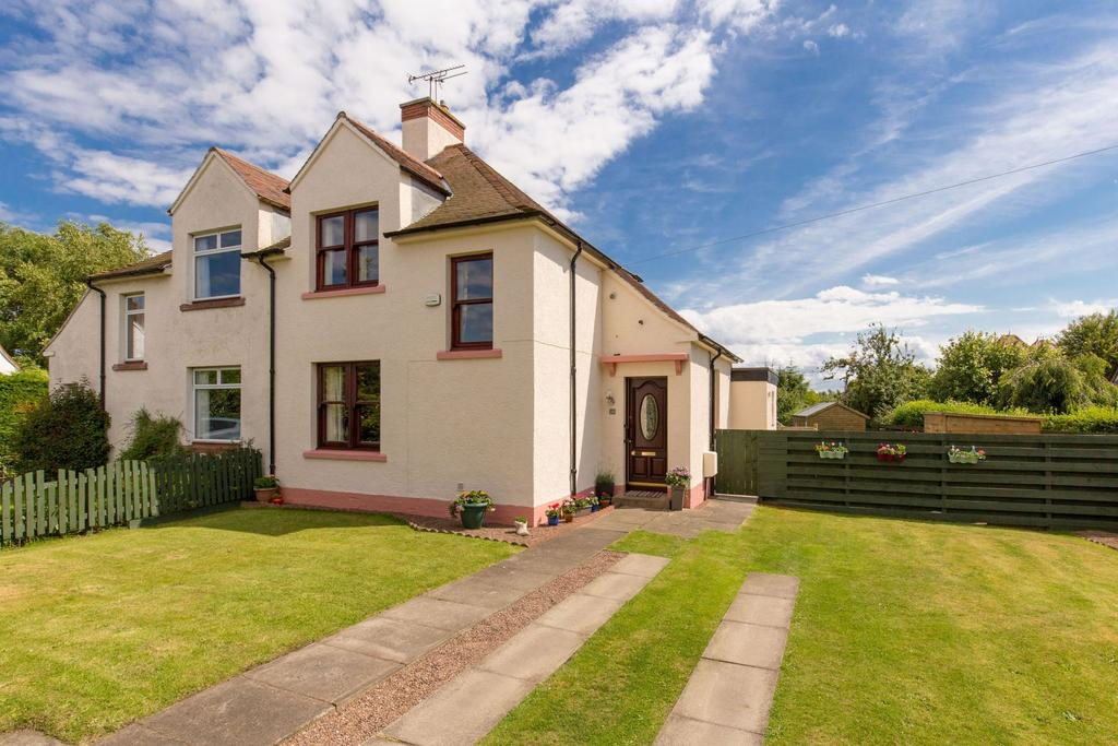 4 Bedrooms Semi Detached House for sale in 28 Hamilton Crescent, Gullane, EH31 2HR