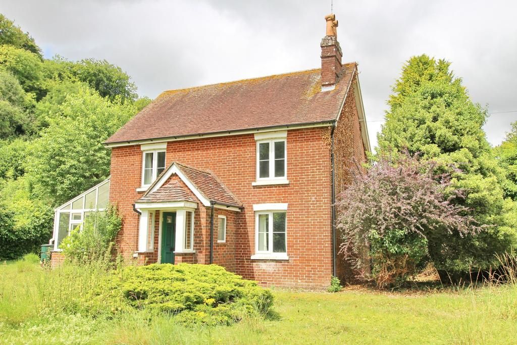 3 Bedrooms Detached House for sale in GREEN LANE, HAMBLEDON