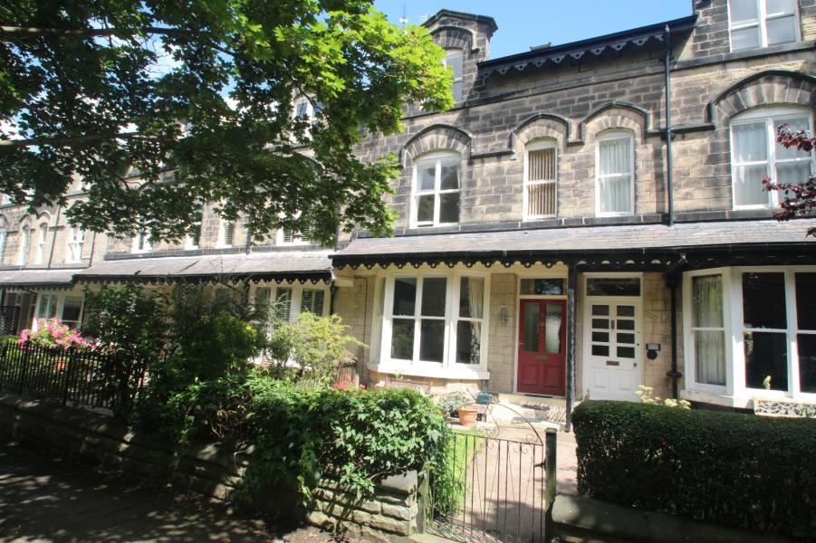 5 Bedrooms Town House for sale in STUDLEY ROAD, HARROGATE, HG1 5JU