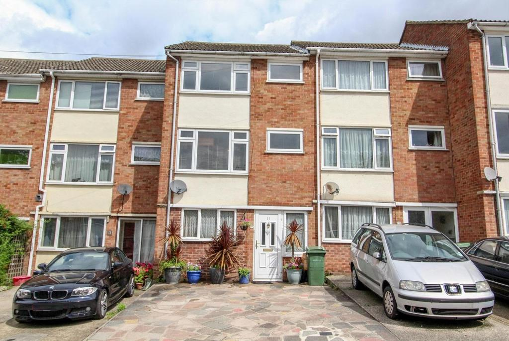 4 Bedrooms Town House for sale in Copperfield Gardens, Brentwood, CM14