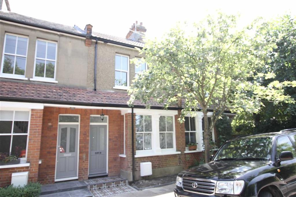 3 Bedrooms Terraced House for sale in Old Fold Lane, Barnet, Herts, EN5