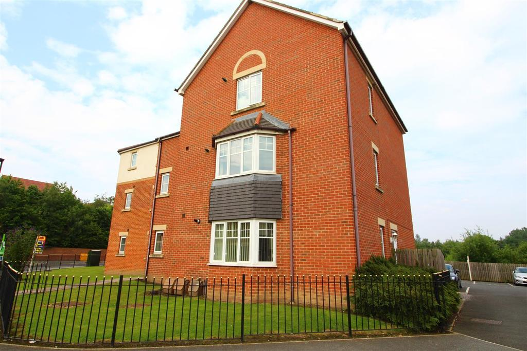 2 Bedrooms Flat for sale in Haydon Drive, Wallsend