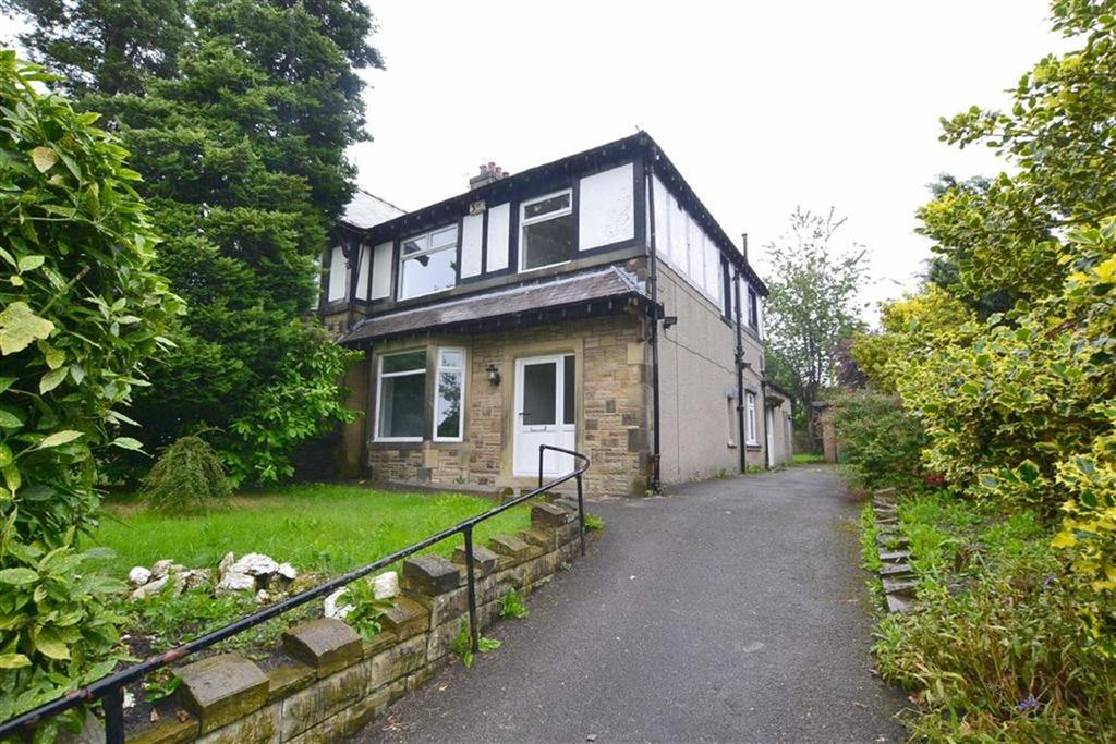 3 Bedrooms Semi Detached House for sale in Colne Road, Burnley, Lancashire