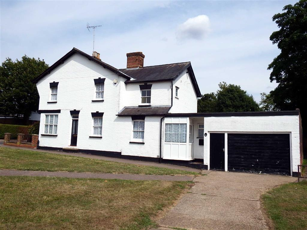3 Bedrooms End Of Terrace House for sale in Alleyns Road, Stevenage, Hertfordshire, SG1