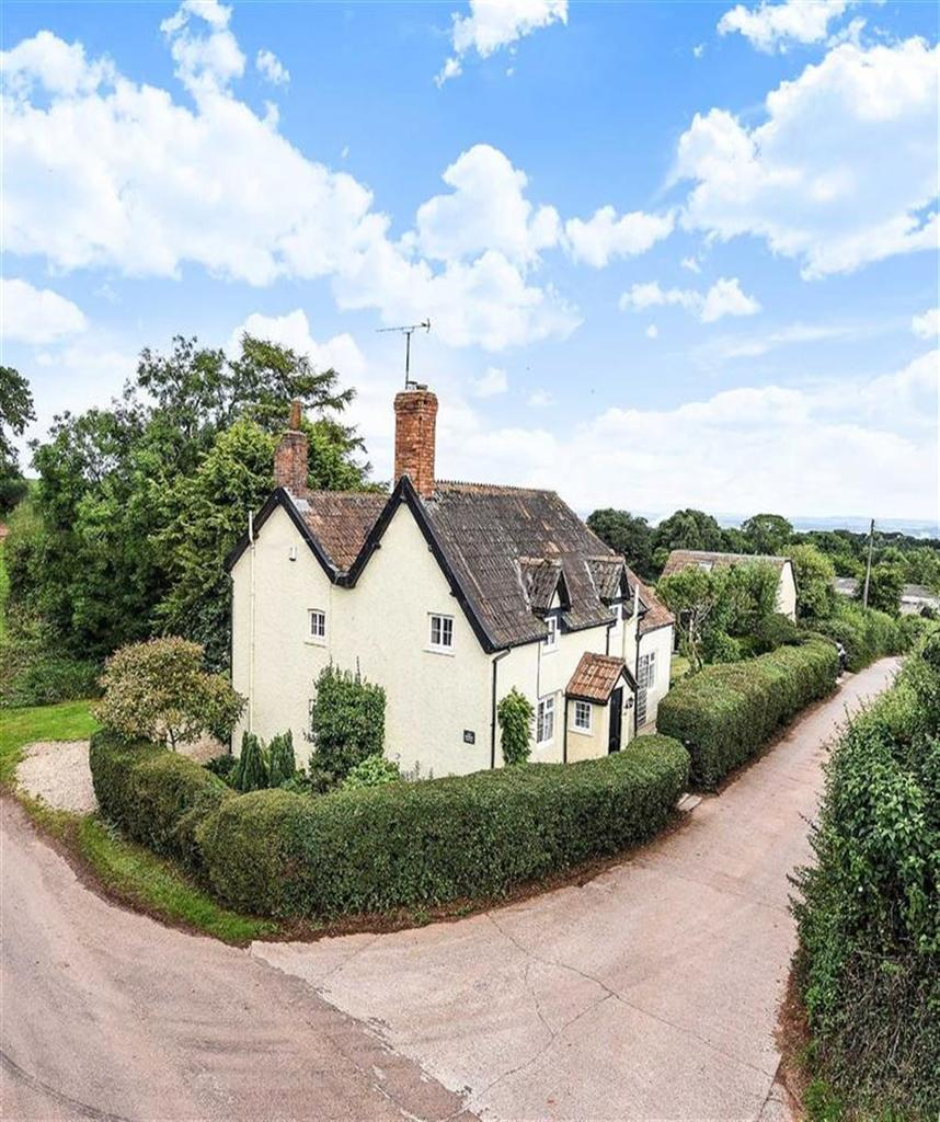4 Bedrooms Detached House for sale in Clavelshay, Clavelshay, Taunton, Somerset, TA6