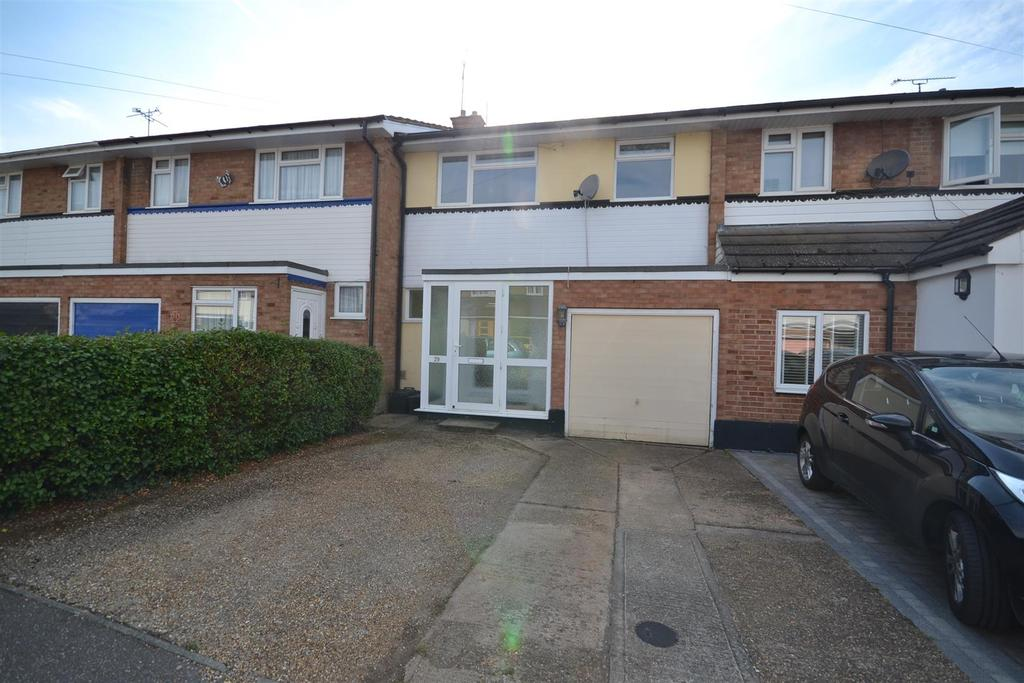 3 Bedrooms Terraced House for sale in Ely Close, Southminster