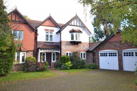 4 bedroom detached house to rent - Queensbury Close, Wilmslow