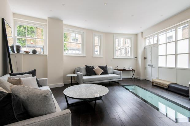 3 Bedrooms Mews House for sale in Lancaster Mews, Hyde Park, W2