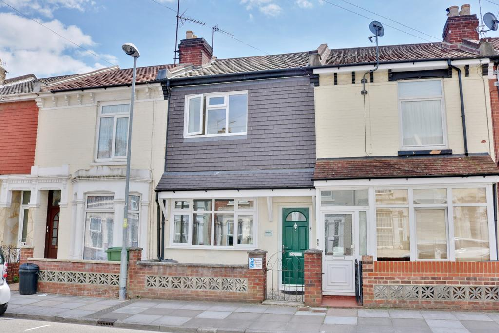 2 Bedrooms Terraced House for sale in Mayhall Road, Copnor