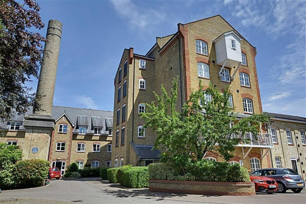 2 Bedrooms Flat for sale in Sele Mill, North Road, Hertford, Herts, SG14