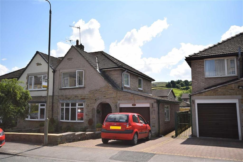 3 Bedrooms Semi Detached House for sale in Colne Road, Barnoldswick, Lancashire