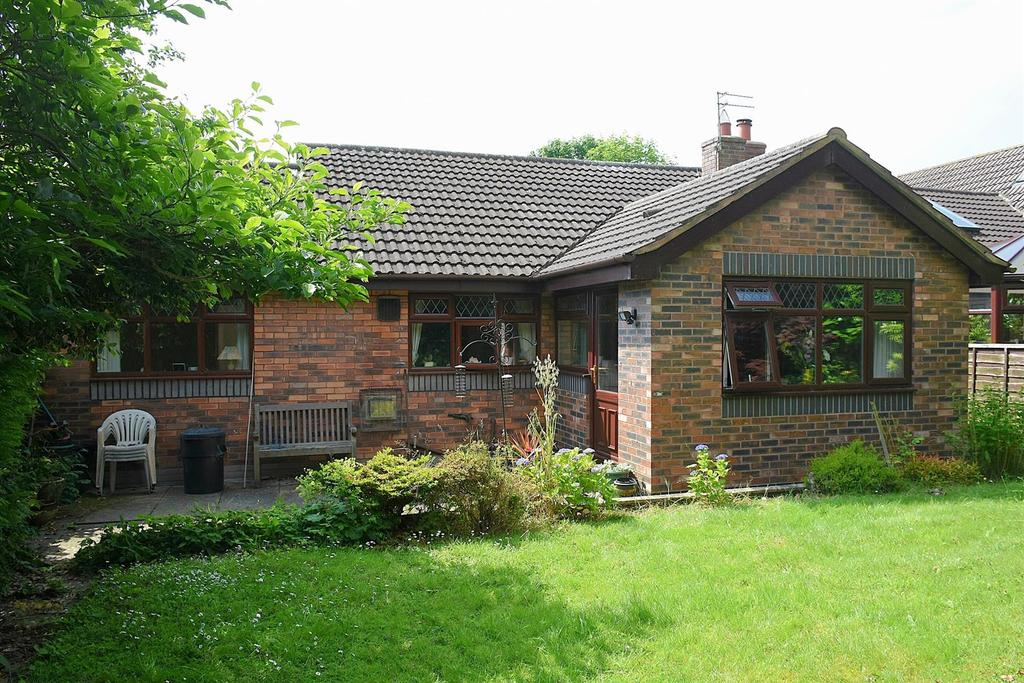 3 Bedrooms Detached Bungalow for sale in Wellfield Close, Pickmere