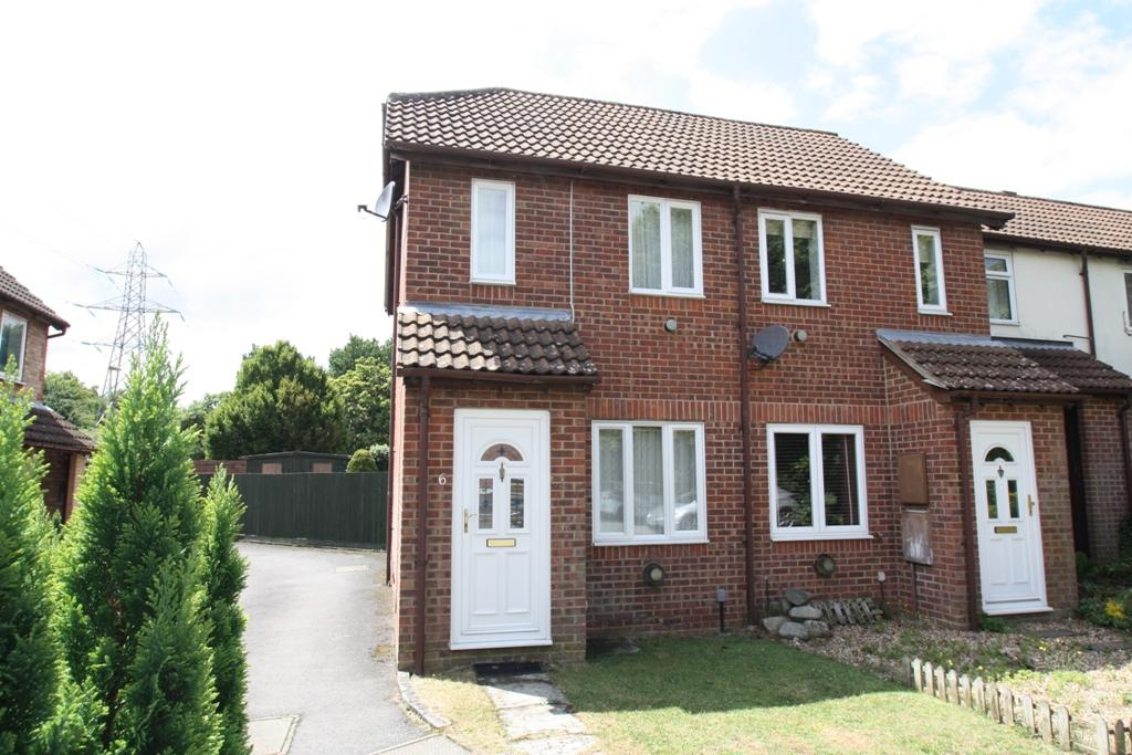 1 Bedroom End Of Terrace House for sale in Andover