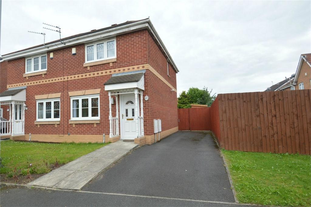 3 Bedrooms Semi Detached House for sale in Kerscott Road, MANCHESTER