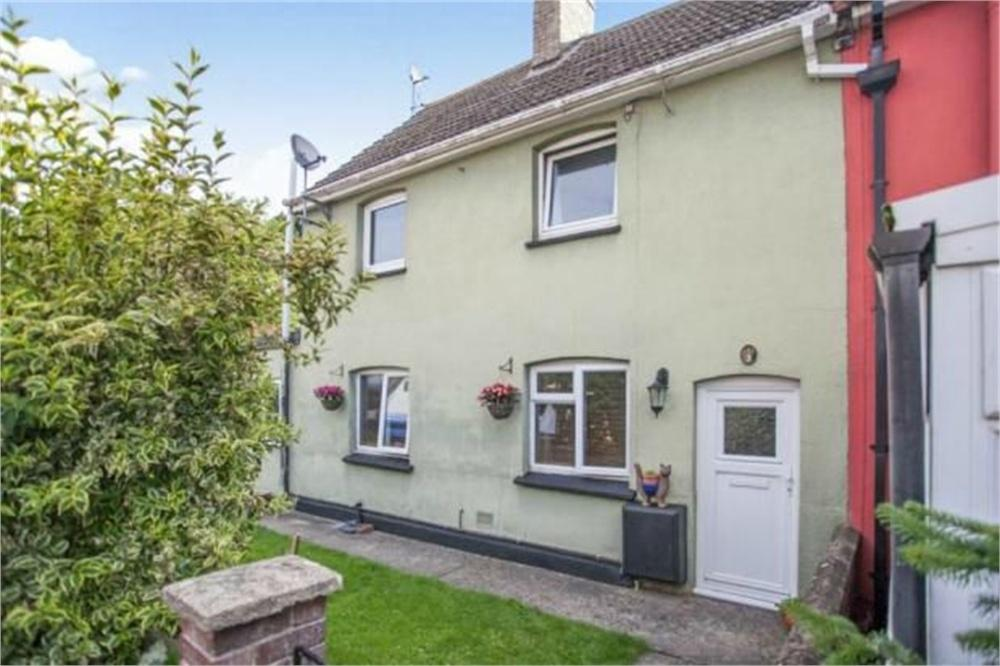 3 Bedrooms Semi Detached House for sale in Head Lane, Great Cornard, SUDBURY, Suffolk