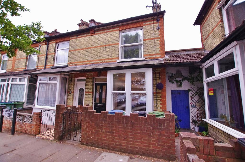 2 Bedrooms End Of Terrace House for sale in Banbury Street, Watford, Hertfordshire, WD18