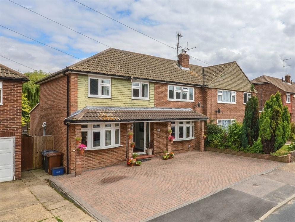 5 Bedrooms Semi Detached House for sale in Manston Drive, BISHOP'S STORTFORD, Hertfordshire