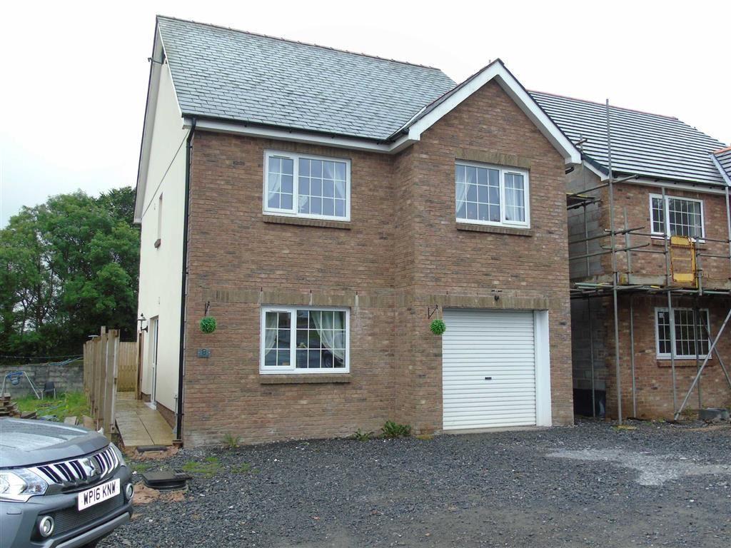 5 Bedrooms Detached House for sale in Clos Y Gat, Llandeilo Road, Gorslas