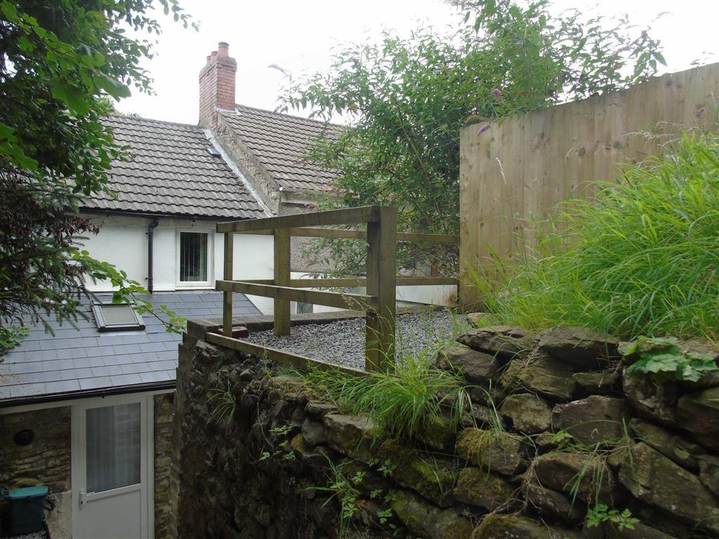 2 Bedrooms Cottage House for sale in Graig Road, Morriston, Swansea