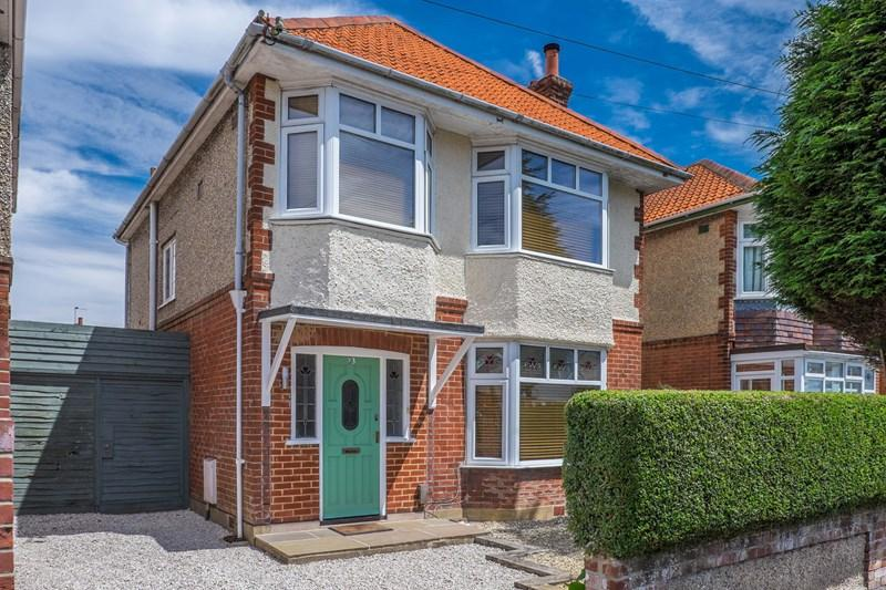 3 Bedrooms Detached House for sale in Morrison Avenue, Parkstone, Poole