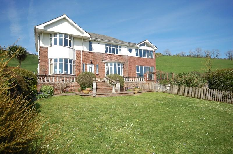 4 Bedrooms Detached House for sale in Teignmouth Road, Bishopsteignton, Teignmouth
