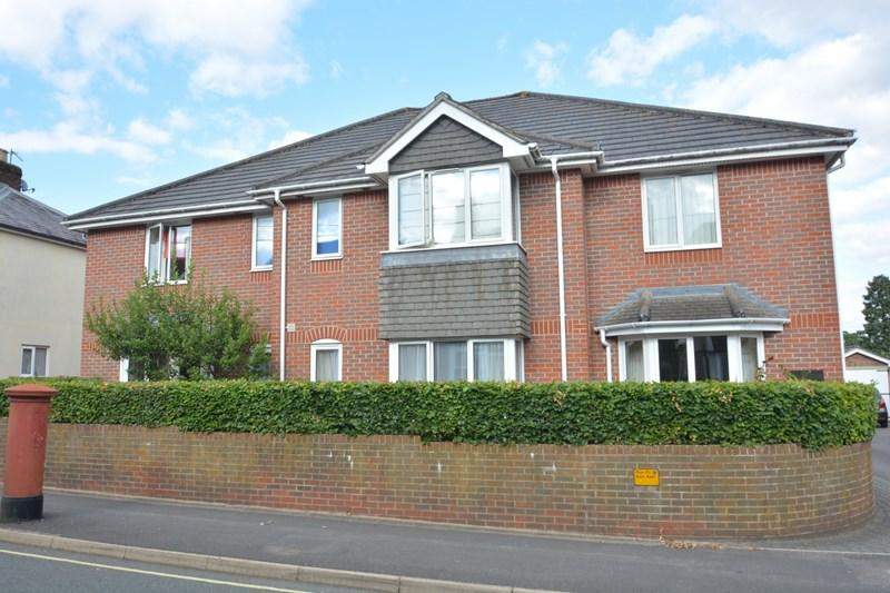 1 Bedroom Apartment Flat for sale in Millway Road, Andover