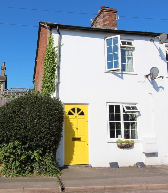 2 Bedrooms End Of Terrace House for sale in Blandford Forum, Dorset