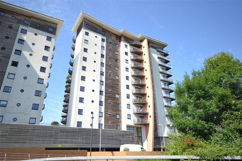 2 Bedrooms Apartment Flat for sale in Victoria Wharf, Watkiss Way, Cardiff Bay, Cardiff, CF11