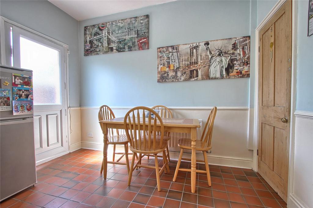 2 Bedrooms Terraced House for sale in Chapel Street, Marske-by-the-Sea