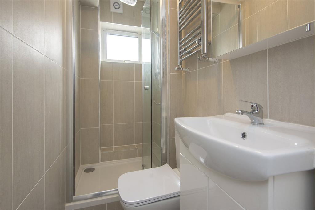 Bathroom Floor Bowing : Bow common lane london e bed flat to rent ?
