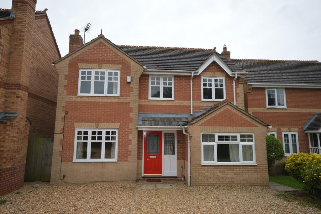 4 Bedrooms Detached House for sale in Howard Close, Terrington St Clement