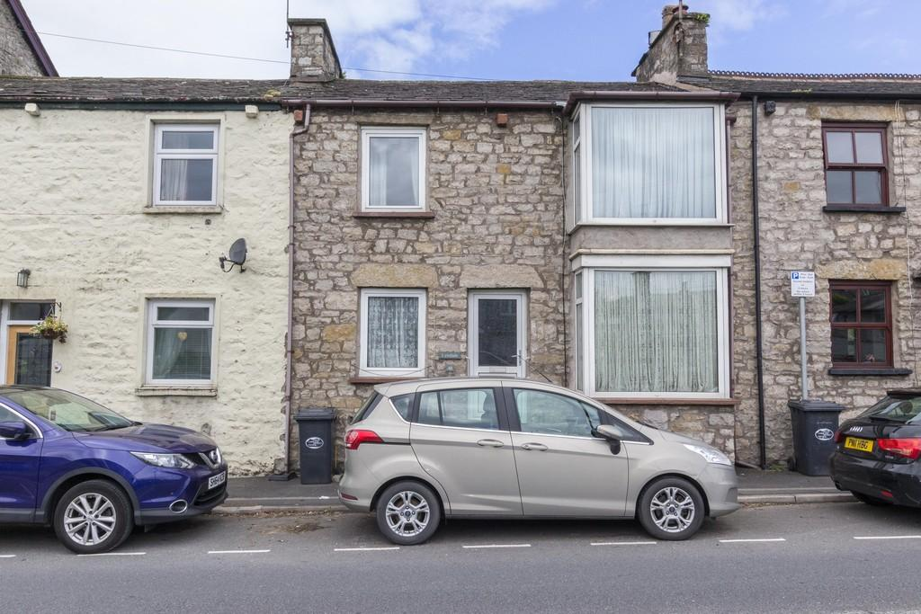 3 Bedrooms Terraced House for sale in 41 Church Street, Milnthorpe, LA7 7DX