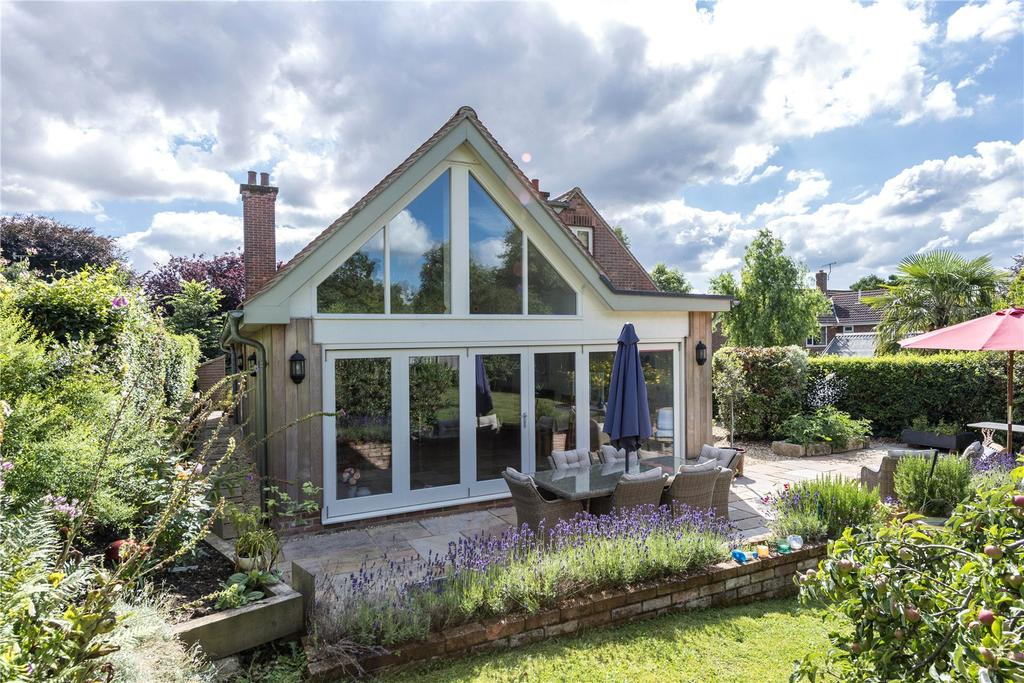4 Bedrooms Detached House for sale in Milldown Road, Milldown Road, Blandford Forum, Dorset
