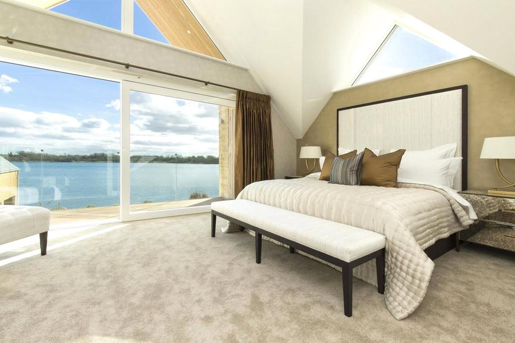 4 Bedrooms Detached House for sale in Cerney On The Water, Cirencester, Gloucestershire