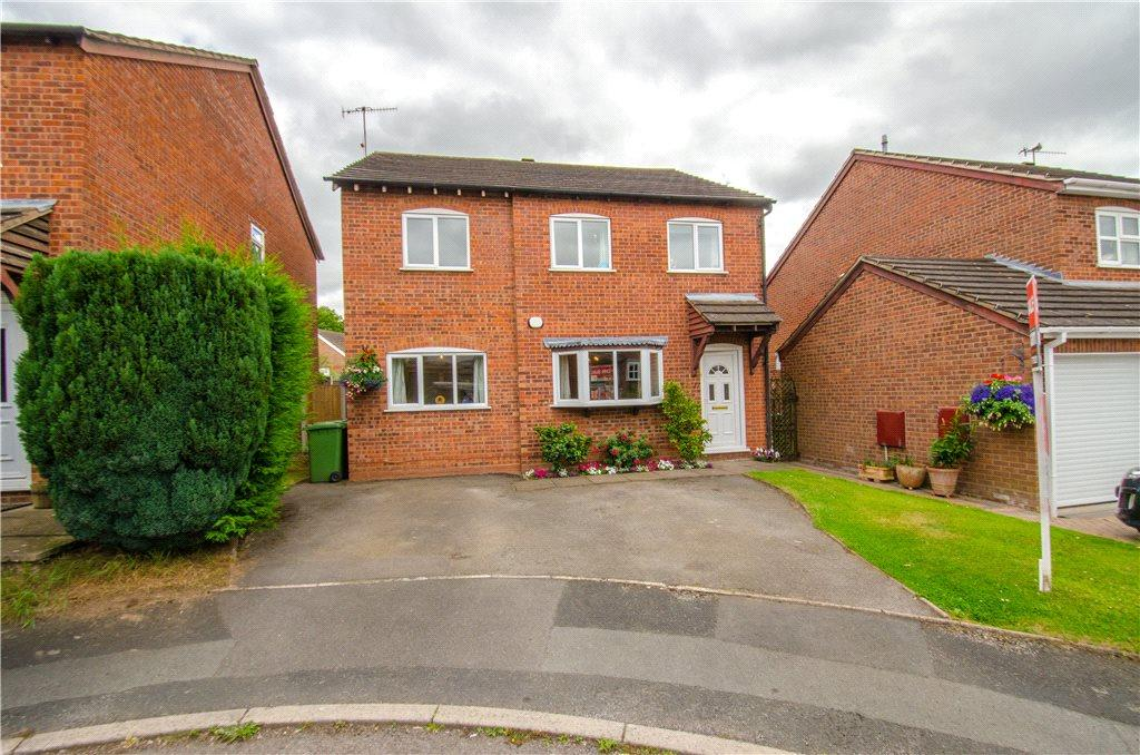 5 Bedrooms Detached House for sale in Welland Close, Droitwich, Worcestershire, WR9