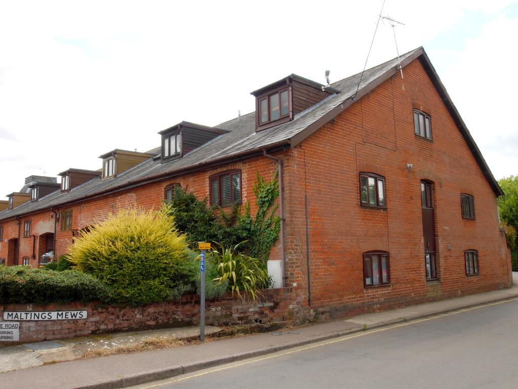 3 Bedrooms End Of Terrace House for sale in 12 Maltings Mews, Duke Street, Hadleigh, Ipswich, Suffolk, IP7 5DW