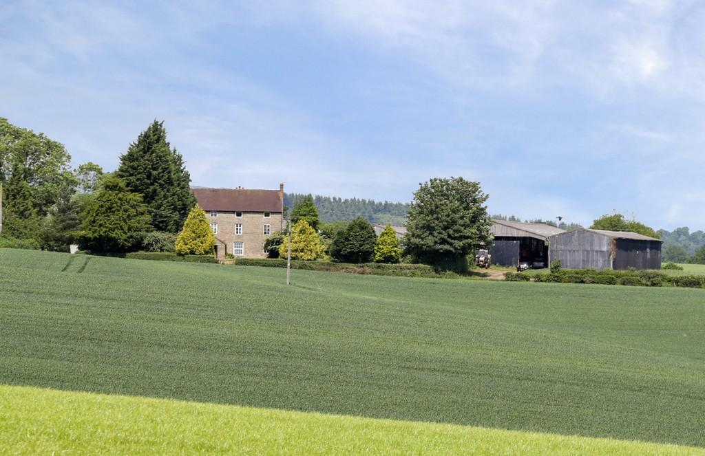 3 Bedrooms Farm House Character Property for sale in Cleobury Mortimer, Shropshire