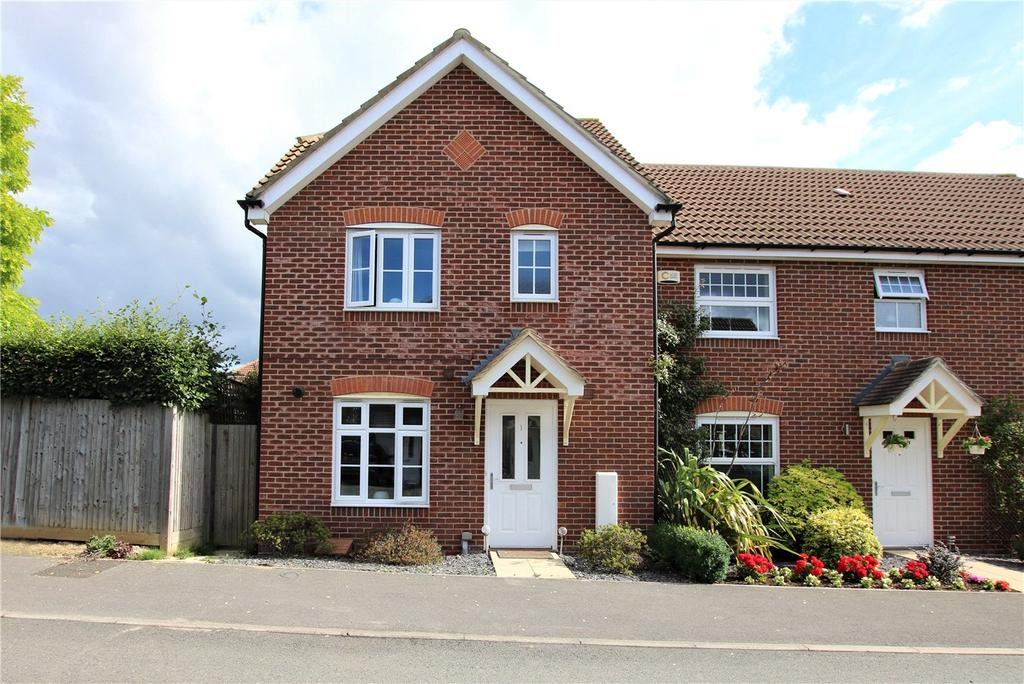 3 Bedrooms Semi Detached House for rent in Oatlands Chase, Shinfield, Reading, Berkshire, RG2