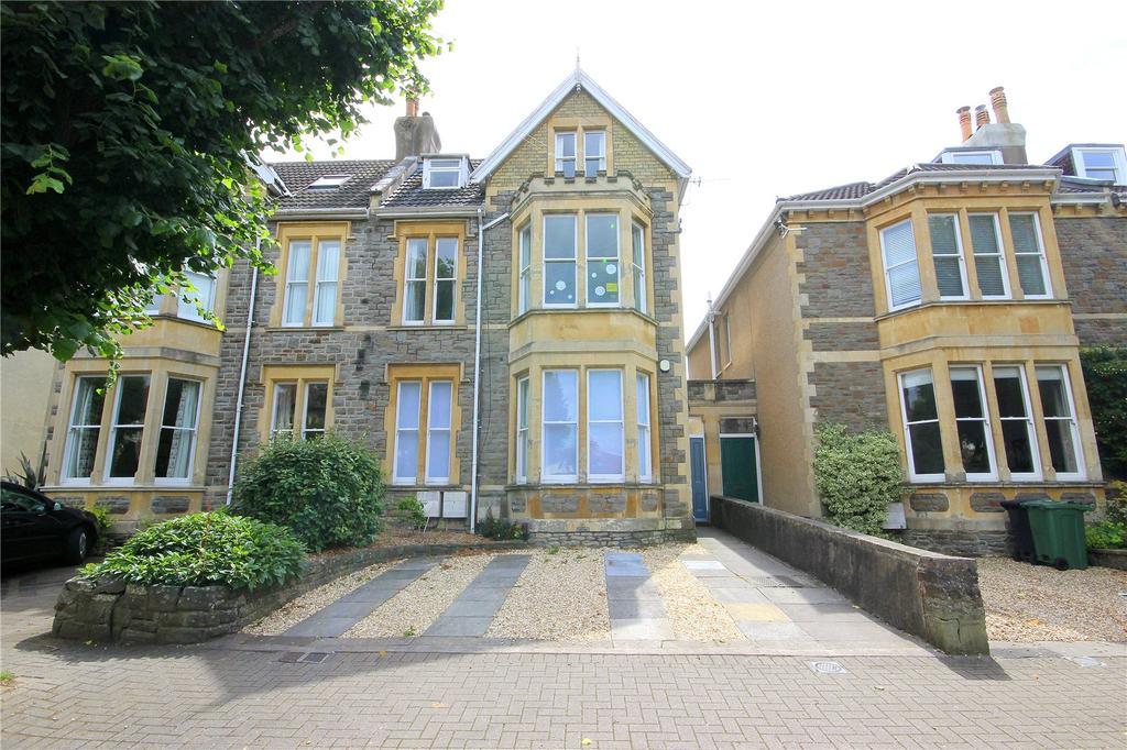 2 Bedrooms Apartment Flat for rent in Cavendish Road, Henleaze, Bristol, BS9