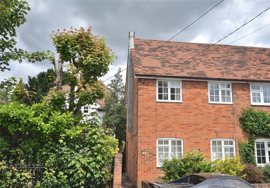 3 Bedrooms Semi Detached House for sale in Bridge Street, Writtle, Chelmsford