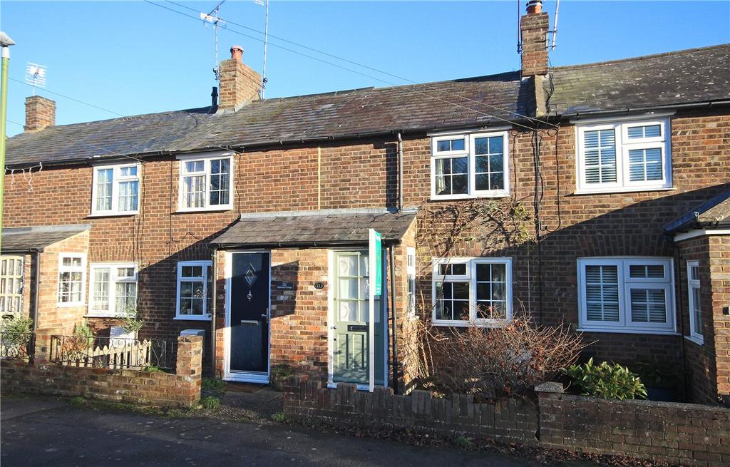 2 Bedrooms Terraced House for sale in London Road, Markyate, St. Albans, Hertfordshire