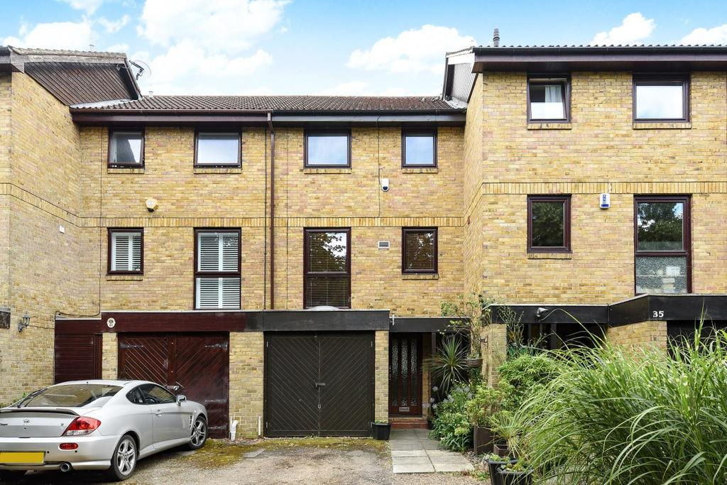 4 Bedrooms Town House for sale in Brackley Road, Beckenham