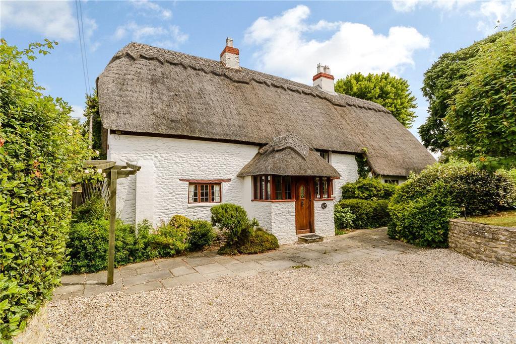 4 Bedrooms Detached House for sale in Trenchard Road, Stanton Fitzwarren, Swindon, SN6