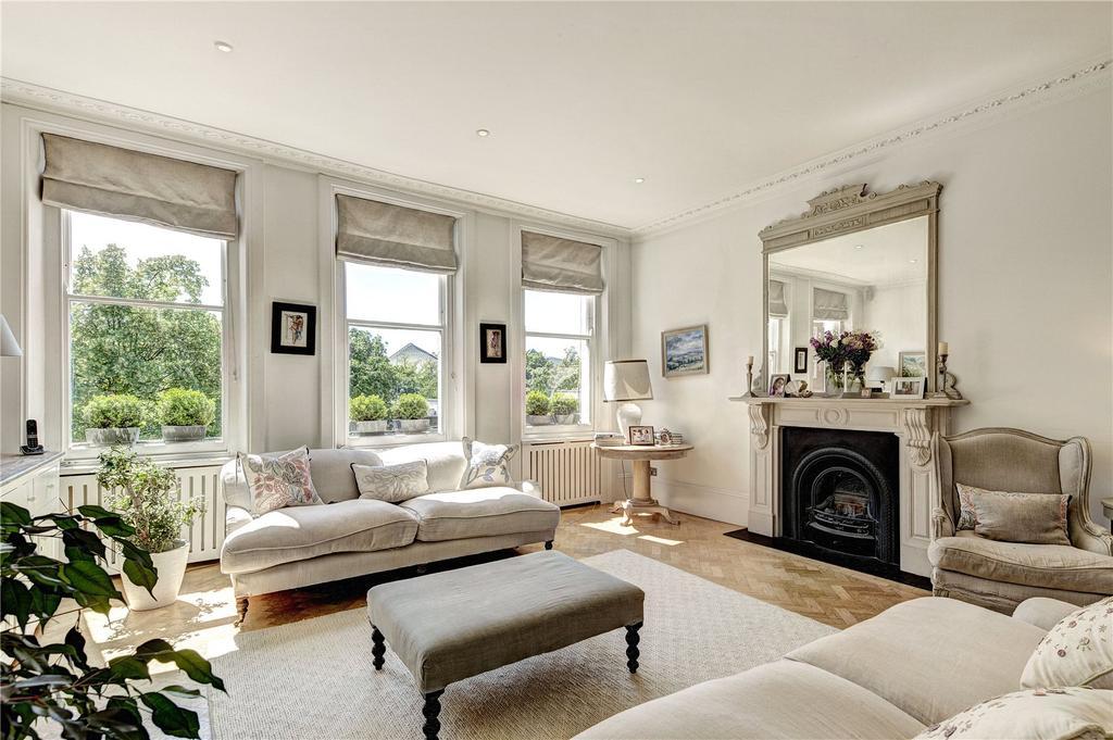 3 Bedrooms Flat for sale in Phillimore Gardens, Kensington, London, W8