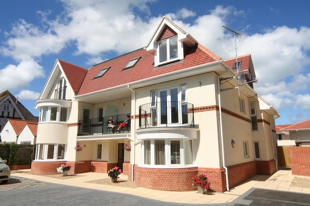 2 Bedrooms Flat for sale in Foreland Road, Bembridge