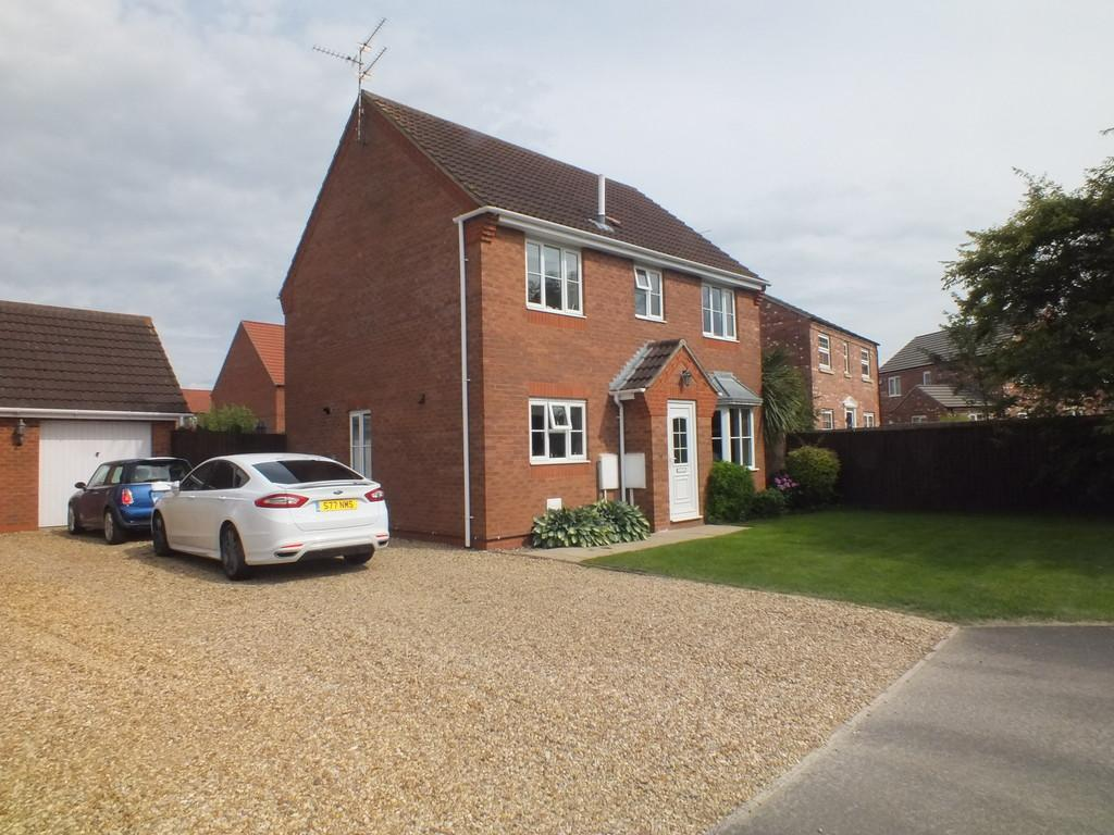 4 Bedrooms Detached House for sale in Wintergold Avenue, Spalding, Spalding, Lincolnshire