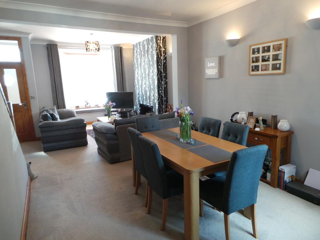 2 Bedrooms Terraced House for sale in Ulverston Road, Dalton-in-Furness
