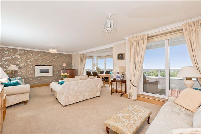 5 Bedrooms Penthouse Flat for sale in Eaton Gardens, Hove