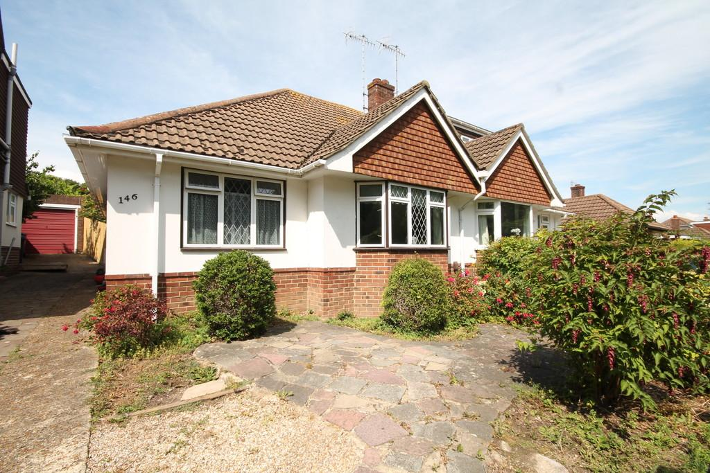 2 Bedrooms Semi Detached Bungalow for sale in Downside, Shoreham-by-Sea, BN43 6HB