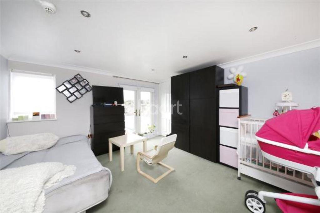 7 Bedrooms Detached House for sale in Wandle Road, Croydon, CR0